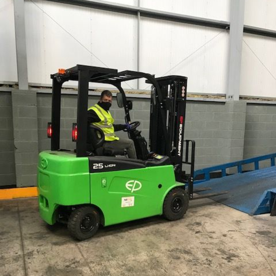 CPD25L2-B/S Electric Forklift